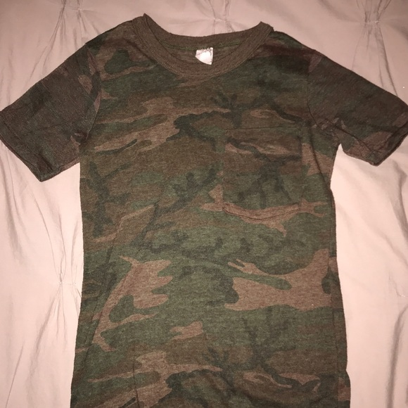 Vintage Camo T-Shirt. M 5acad9b750687cd85b84942c 20f75807eeb
